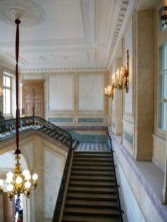 L'escalier ver les salons d'apparat