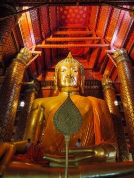 19m tall Buddha image in Wat Phanan Choeng Worawihan