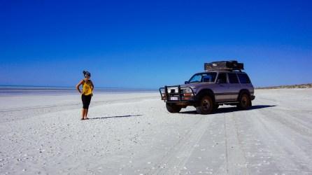 vagabondays-australia-80-miles-beach-3