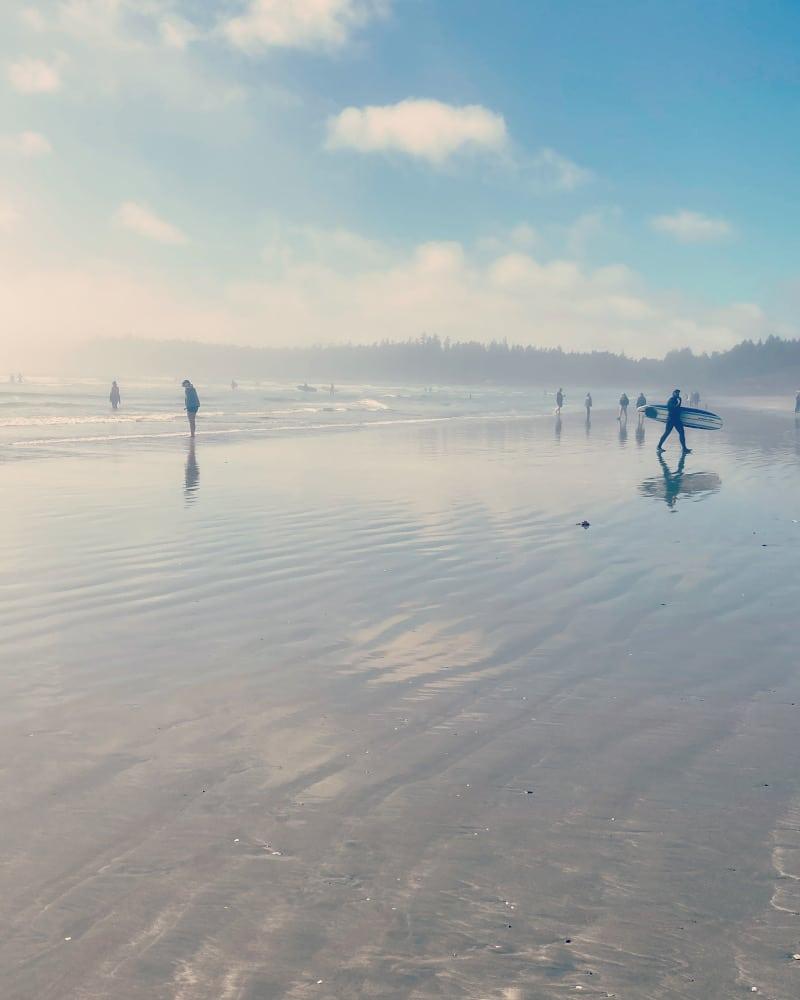 Surfer à Tofino