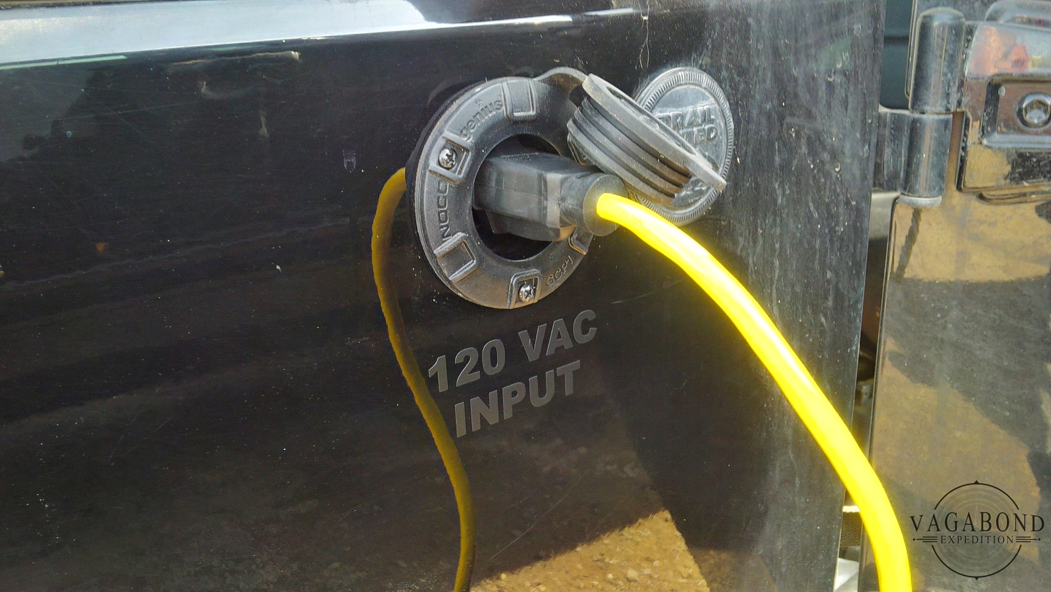 the NOCO genius power port provides shore power to the overland jeep