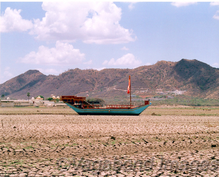 Dried waterbed of Lake Pichola in Udaipur, Rajasthan