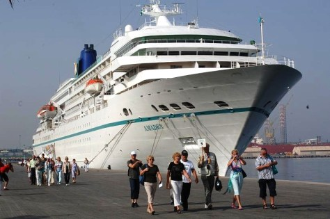 cruise ship Amadea