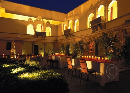 private dinning in jananakhana area of the fort