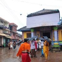 Vagabond in monsoon at Gokarna & Om beach!