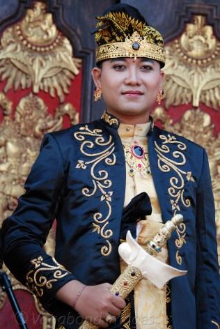 The 'royal' groom!