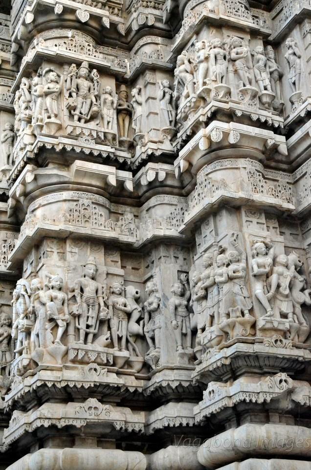 Such pillars remind of Khajuraho