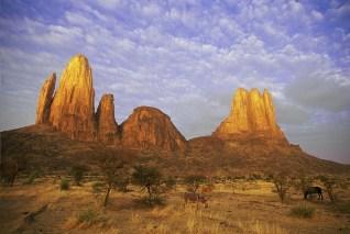 Mali-Main de Fatma and Suri Tondo