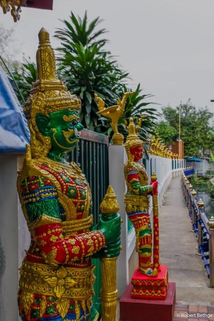 Guards at Wat Arun