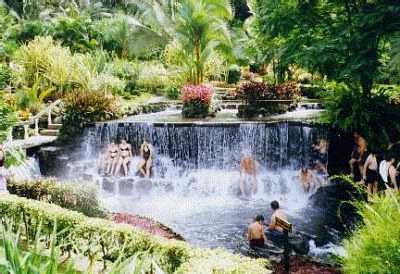Hot Waterfall - Arenal
