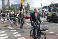amsterdam-cyclists