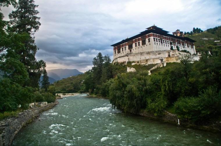 Dzong y río (Chhu) de Paro, el primero que visitamos