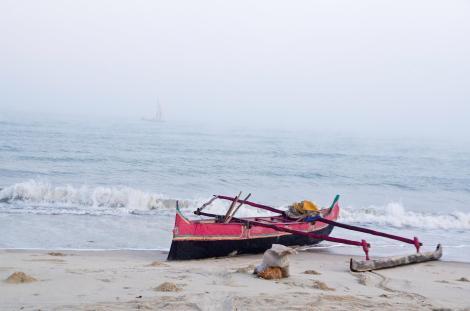 Barcos de pesca en la playa de Morondava