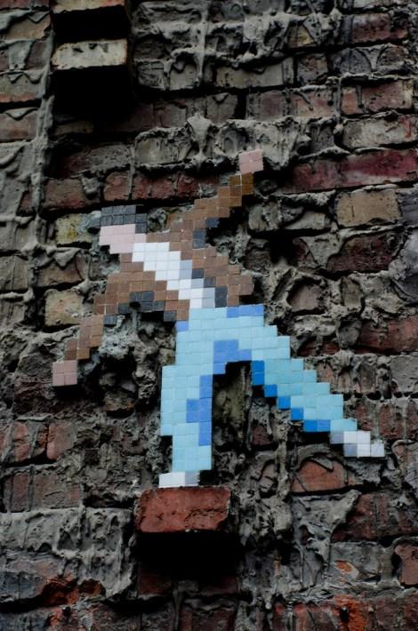 Obra del artista callejero Invader, en Budapest