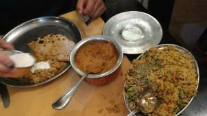 Super cena en el restaurante Gran Indian, en Nuwara Eliya. Sri Lanka