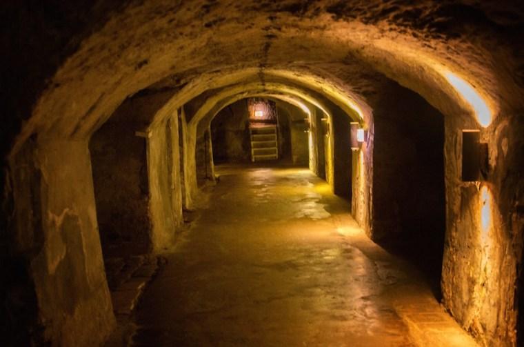 Cuevas subterráneas bajo el centro histórico de Nuremberg donde se almacenaba la cerveza