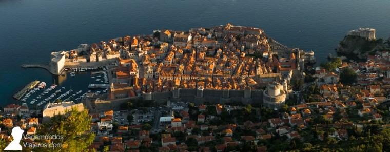 Atardecer desde el monte Srd al que subimos en el teleférico de Dubrovnik
