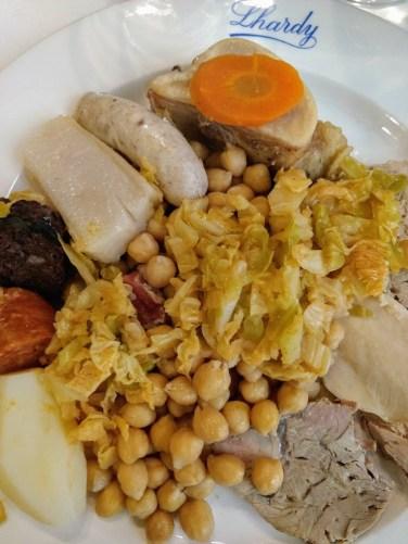 Garbanzos, verduras y carnes: segundo vuelco del cocido madrileño en Casa Lhardy