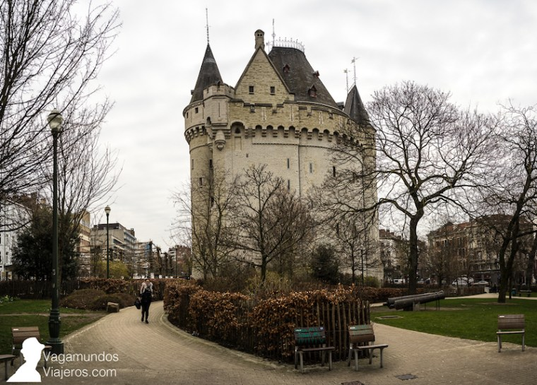 La Porte de Hal, en Bruselas, cerca de nuestro alojamiento en Saint-Giles