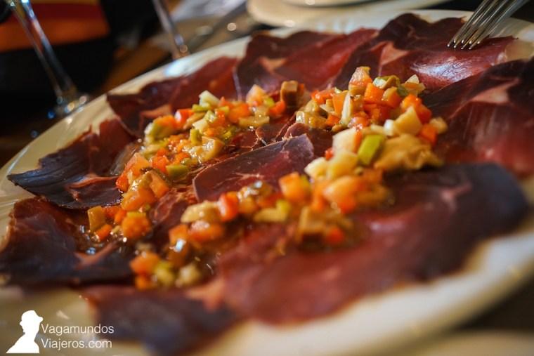 Plato de cecina en el restaurante Las Rocas, León