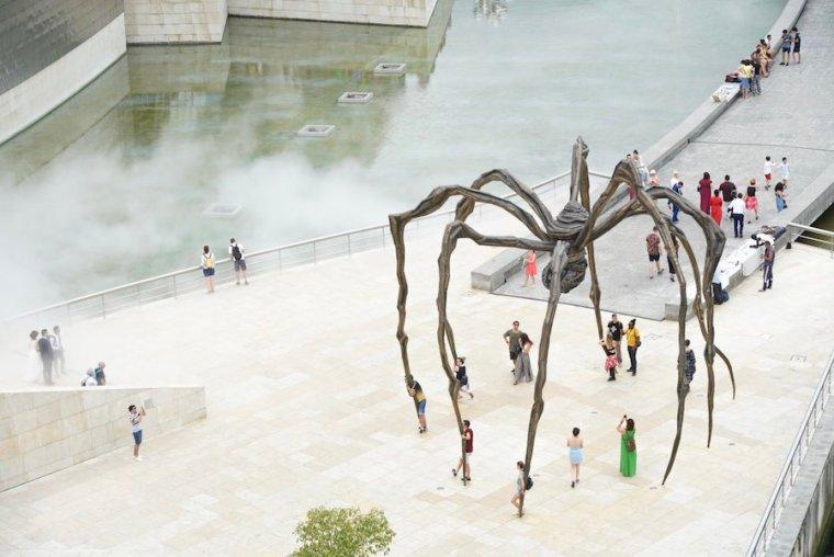 Mamá, la araña de Louise Burgois para el Guggenheim Bilbao