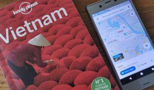 Guía Lonely Planet de Vietnam y mapa de Hanoi en el móvil