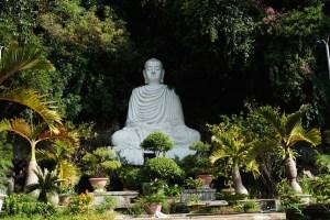 Estatua en la Montaña del Agua, una de las Montañas de Mármol de Danang