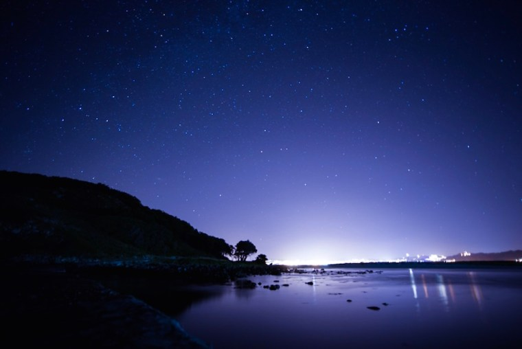 Observación nocturna de estrellas en las islas Cíes