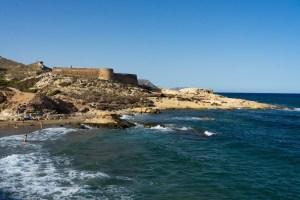 Playazo de Rodalquilar con el castillo y la duna fósil, Cabo de Gata