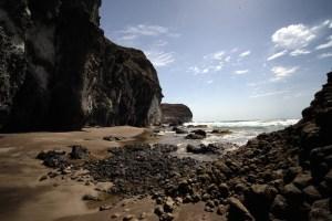 Acantilados en la ruta entre las playas Genoveses y Mónsul, Cabo de Gata