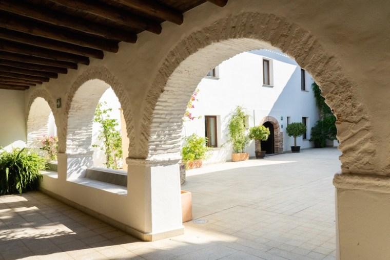 Claustro del Hotel Convento Aracena, Huelva