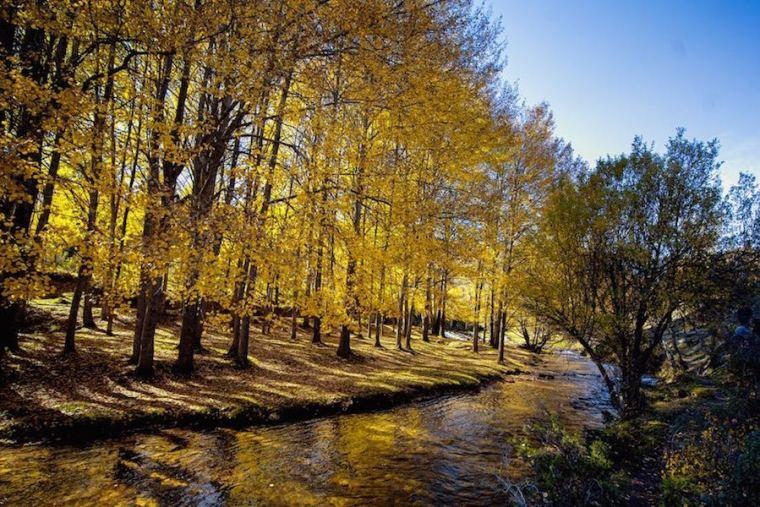El río Jarama a su paso por La Hiruela, en Madrid