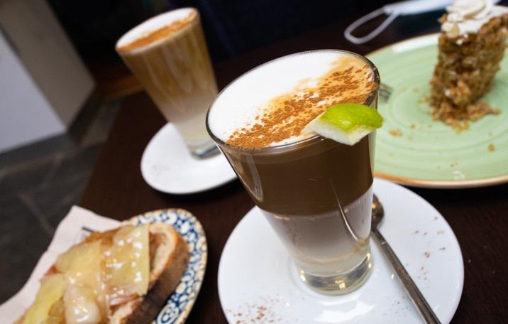 Barraquito en Café Don Manuel, Santa Cruz de La Palma