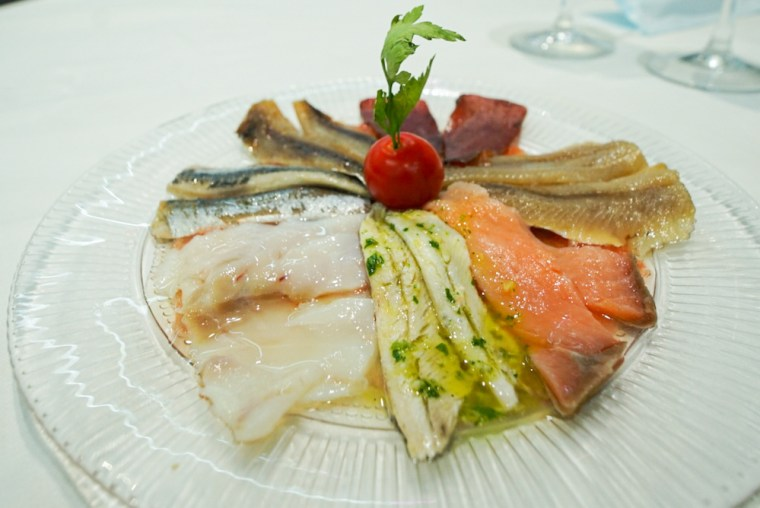 Surtido de semiconservas de pescado en El Cocedero de Kiele, Socuéllamos