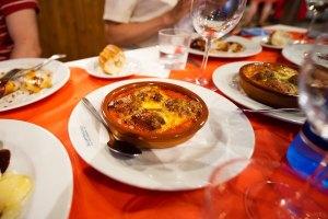 Tomates rellenos en el restaurante San Antonio, Valdepeñas
