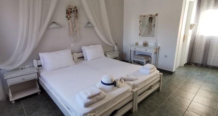 Dormitorio de Asterias Studios, Adamas (Milos)