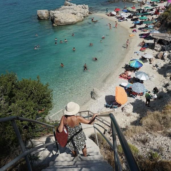 Entrando a la playa Xigia Beach, en la isla Zakynthos