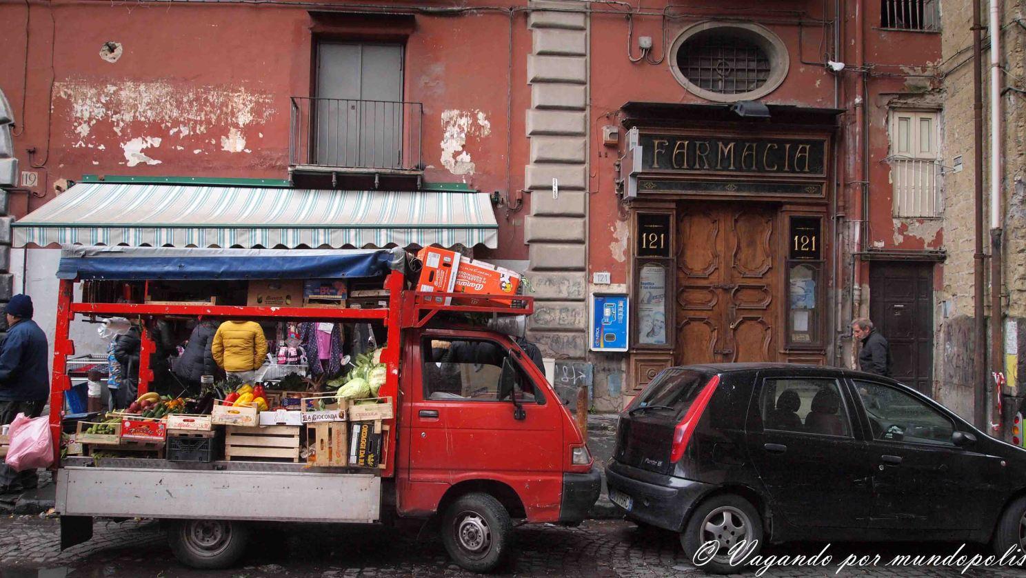 napoles-que-ver-barrio-español