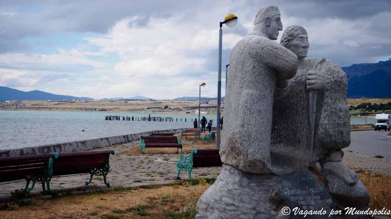 que-ver-en-puerto-natales-monumento-alberto-agostini