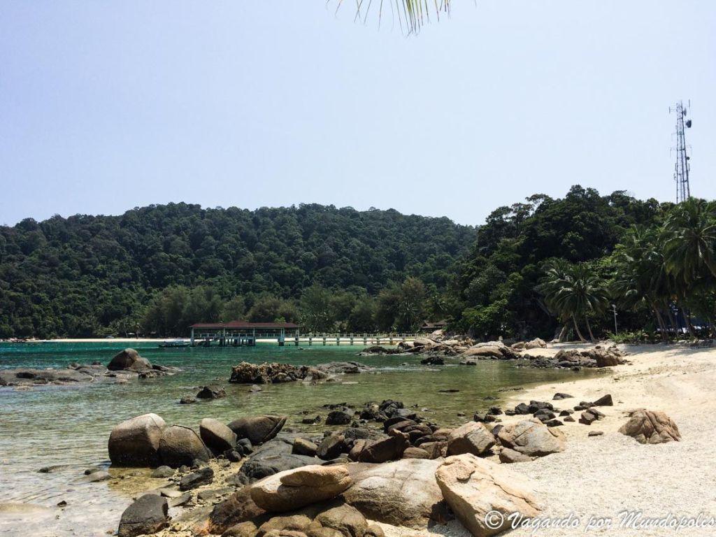 main-beach-besar