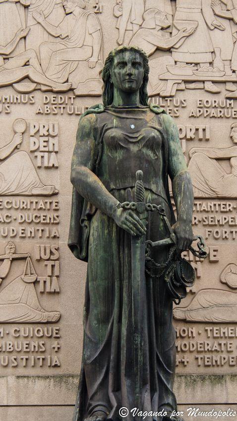 diosa-justicia-porto