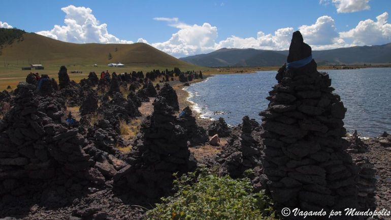 que-ver-en-mongolia-gran-lago-blanco