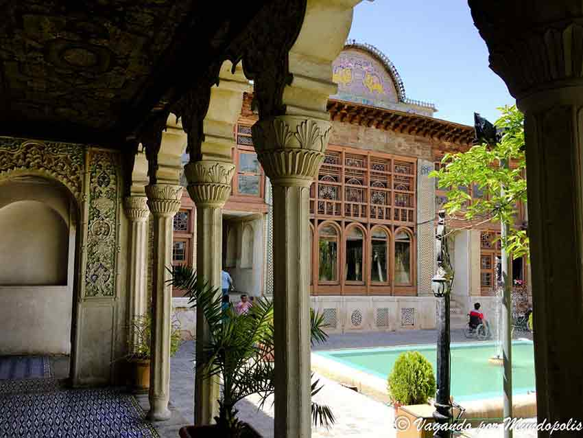 Zinat-Al-Molk-que-ver-en-shiraz