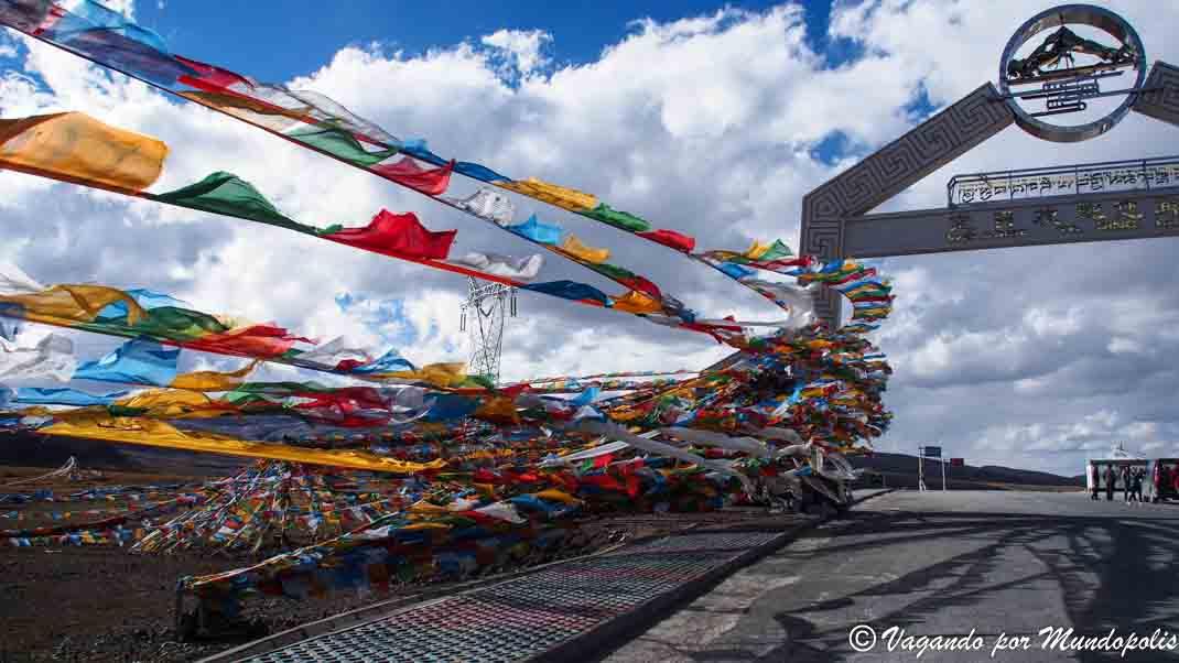 gyatso-la-pass-tibet