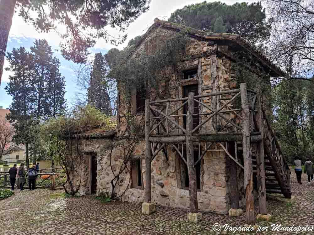 casa-de-la-vieja-parque-el-capricho-madrid