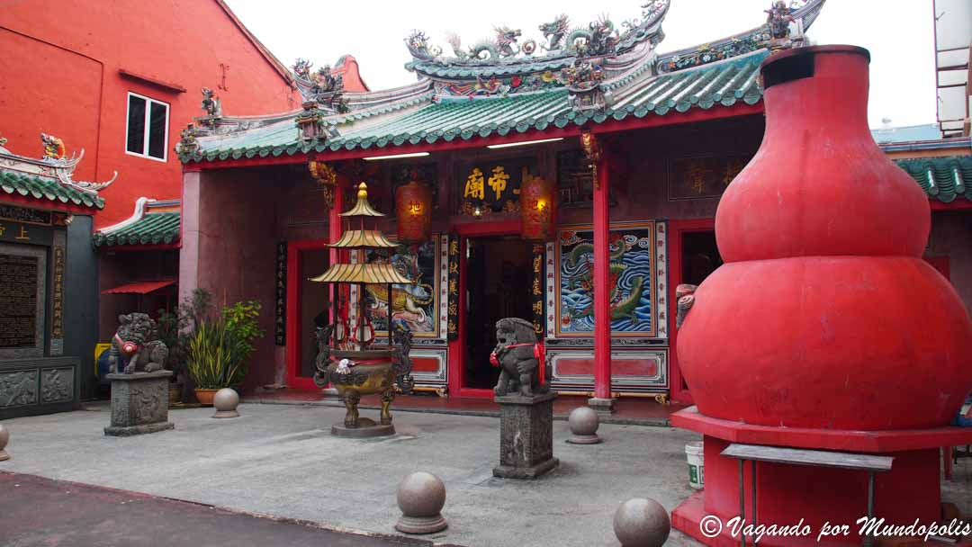 templos-kuching