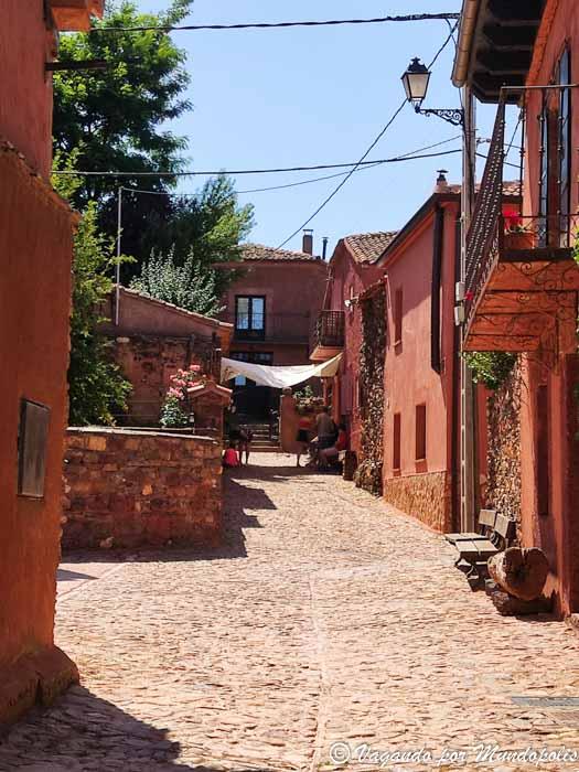 madriguera-segovia-pueblos-rojos