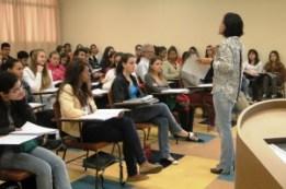 Cursos preparatórios gratuitos para o ENEM em SP 01