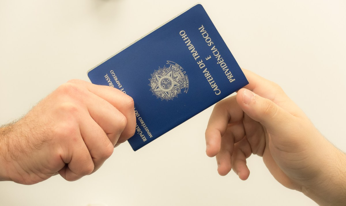 Empresa oferece oportunidade para Agente de Crédito - Atendimento ao Cliente