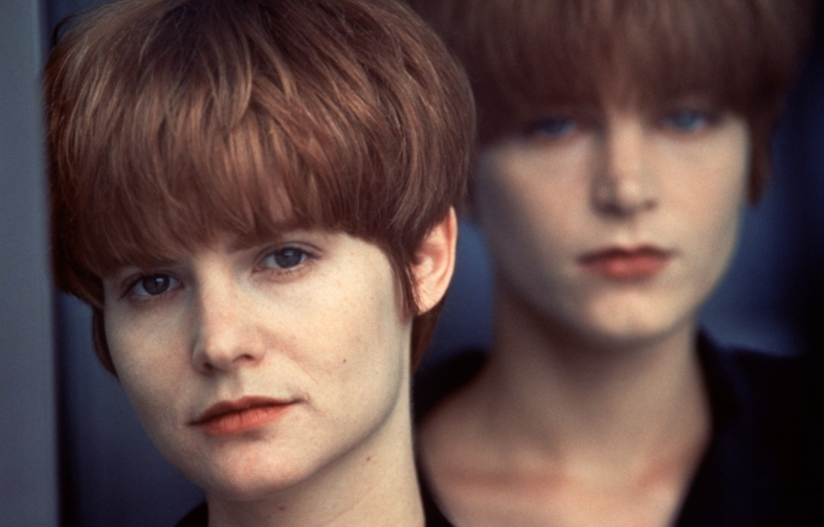 Obsession and Compulsion: A Deep Look at 'Single White Female'